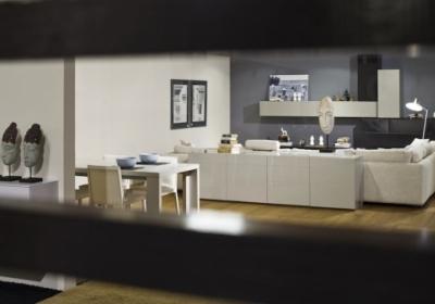 hoogglans meubelen eetkamer treviso